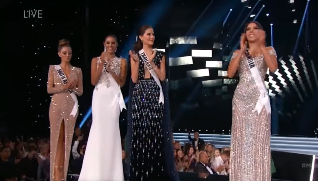 #MissUniverse2017 Crowns South African